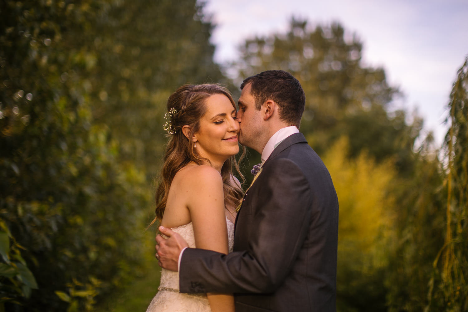 Rumbolds Barn Sussex Summer Wedding - Nisha Haq Photography 4